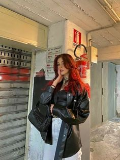 Aesthetic Hair, Aesthetic Clothes, Mode Outfits, Fashion Outfits, Red Hair Outfits, Red Hair Inspo, Dye My Hair, Dyed Red Hair, Green Hair Streaks