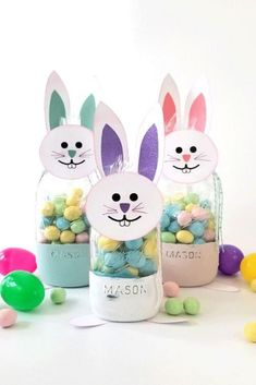 Make this Easter a fun day for your kids with this Easter bunny craft project for adults and parents. This easy diy craft is enjoyable and can be personalized. Bunny Crafts, Flower Crafts, Easter Crafts, Easter Ideas, Craft Projects For Adults, Cool Diy Projects, Diy Easter Decorations, Mason Jar Crafts, Easy Diy Crafts