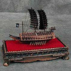 South Korea's 'Turtle Ship' Named Amongst Greatest War Ships Yi Sun Sin, Turtle Ship, Junk Ship, Asian History, Aircraft Carrier, Model Ships, Chanel Boy Bag, South Korea, Japanese