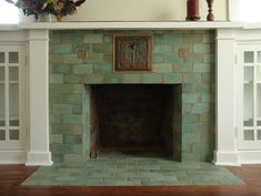 4 Optimistic Tips AND Tricks: Fireplace Built Ins Tv Placement open fireplace mezzanine.Fireplace And Tv House grey fireplace with logs.Fireplace And Mantels Ceilings. Fireplace Tile Surround, Brick Fireplace, Fireplace Surrounds, Fireplace Design, Fireplace Kitchen, Farmhouse Fireplace, Fireplace Cover, Fireplace Outdoor, Fire Surround
