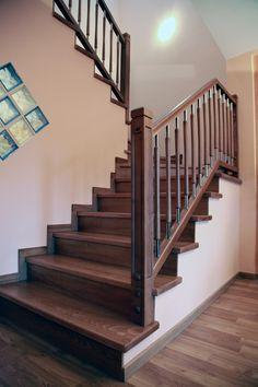 TORNEADOS FUENTESPALDA / Barandillas y escaleras de madera, forja, hierro, acero inoxidable y cristal » ESCALERAS DE OBRA FORRADAS