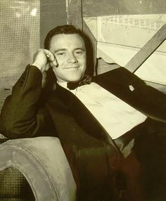 Jack Lemmon - 1955 Mister Roberts Academy Award for Best Supporting Actor Hollywood Actor, Golden Age Of Hollywood, Vintage Hollywood, Classic Hollywood, Hollywood Stars, Jack Lemmon, Tv Actors, Actors & Actresses, New People