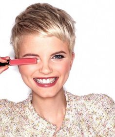 Chic Pixie Haircuts: Crop Short Hair