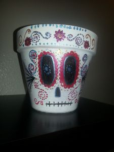 2013-10-17 05.29.30 - Craft Night - Awesome Day of the Dead Pot by a very serious crafter!