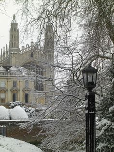 Cambridge in snow 2013 by Chis Draper on flickr