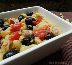 Insalata di pasta con tonno e olive