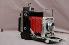 Graflex 6X9 platen camera met rolfilmachterwand