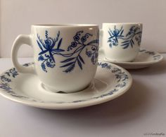 Porsgrund Norway porcelain 2 sets of a cup and saucer with the Blue danube onion pattern, *Zwiebelmuster* by SoVintastic, €18.00