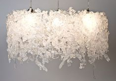 Recycled Plastic Flatware is Used to Create Modern Lighting Fixtures . Diy Lampe, Lampe Led, Recycled Art, Recycled Materials, Repurposed, Home Lighting, Modern Lighting, Lighting Ideas, Lighting Design