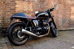 Custom Triumph Truxton
