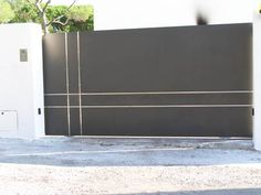 folding driveway gate just awesome driveway gates pinterest awesome style and safety. Black Bedroom Furniture Sets. Home Design Ideas