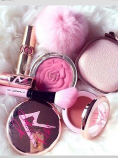 Inspiring image make up, makeup by - Resolution - Find the image to your taste Just Girly Things, All Things Beauty, Cute Makeup, Hair Makeup, Pink Makeup, Dewy Makeup, Perfect Makeup, Glam Glow, Art Visage