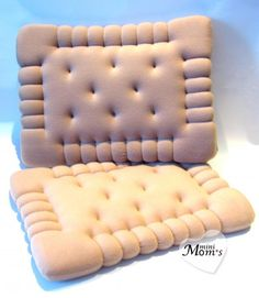 Pillows, biscuits, baby pillows, pillows and . Food Pillows, Cute Pillows, Baby Pillows, Throw Pillows, Best Pillows For Sleeping, Cute Furniture, My Room, Decorative Pillows, Diy And Crafts