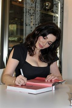 Nigella Lawson. The Curvy Goddess. She is who I had in mind for Vampire Meg, MD.