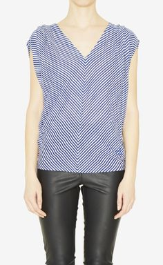 McQ Alexander McQueen Blue And White Top (https://www.vaunte.com)