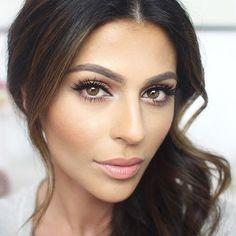 Imponująca naturalny makijaż!