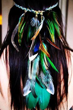 Tribal Headband Native American Feather Headband Hippie Headband Boho Headband-in Hair Accessories from Women's Clothing Hippie Chic, Hippie Style, Mode Hippie, Estilo Hippie, Hippie Life, Hippie Gypsy, Gypsy Style, Bohemian Style, Undone Look