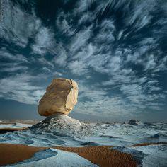 white desert el farafra. Egypt- wonderful sky