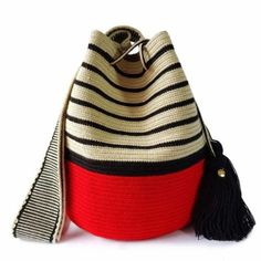 Knitting bag diy handbags 70 new Ideas Tapestry Bag, Tapestry Crochet, Crochet Shell Stitch, Knit Crochet, Crochet Granny, Bag Patterns To Sew, Sewing Patterns, Knitting Patterns, Loom Knitting