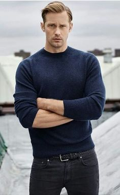 Anything and everything Alexander Skarsgard. Along with the movies/shows he stars in. Alexander Skarsgard, Alex The Great, Gorgeous Men, Beautiful People, Swedish Men, Hot Guys, Skarsgard Family, Eye Candy, True Blood