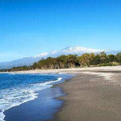 Spiaggia di San Marco a Calatabiano (Catania)...Sole, Neve,Terra, Mare, Montagne....la Sicilia è Sempre un Grande Spettacolo!