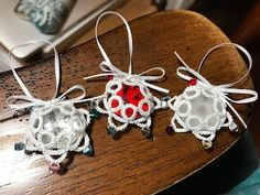 Marthanne was intrigued by Joelle Paulson'sCrystal Star, but on her first attempt she ran out of thread at the last join. Onher second at...