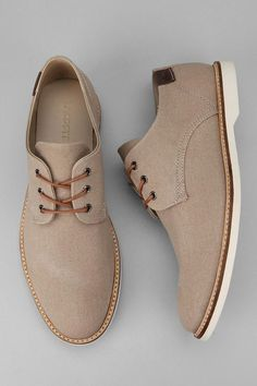 Lacoste Sherbrooke Brogue Oxford - Really sharp shoe for casual to well- dressed summer wear...