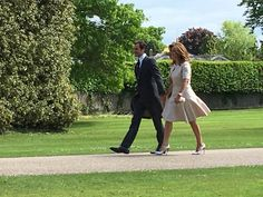 """  Tennis legend @rogerfederer and wife Mirka arrive at St Mark's for #PippaMiddleton #PippasWedding - Roya Nikkhah """