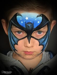 My new batman design! I was challenged by Olga Murasev in The International Facepainting School :-). www.facebook.com/BlijeSnoetjesKinderschmink #facepaintingideas