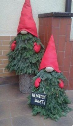 DIY Tree Gnomes These DIY Tree Gnomes are a fun way to decorate the front porch for Christmas! You only need a few supplies such as a Mini Tree and boots and a cute scarf to make the hat from. They would look great at any time of the… Continue reading Diy Christmas Elves, Diy Christmas Decorations Easy, Christmas Porch, Christmas Sewing, Christmas Projects, Christmas Holidays, Christmas Wreaths, Christmas Crafts, Christmas Hanging Baskets