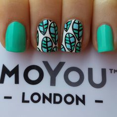 Tropical themed mani for my nails today! Stamped with my MoYou London Tropical 05 plate.