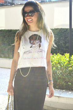 camiseta rasgada de rock look, david bowie, ziggy stardust