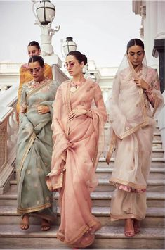 indian designer wear Sabyasachi just launched his 2020 new bridal collection. Sabyasachi Sultana Wedding Lehengas come in gorgeous new shades and you've got to see the dupatta! Sabyasachi Sarees, Ghagra Choli, Indian Sarees, Pakistani, Sabyasachi Bride, Lehenga, Ellie Saab, Dress Indian Style, Indian Dresses