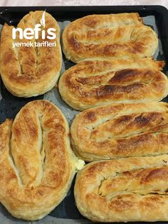 Turkish Recipes, Hot Dog Buns, Hamburger, Food And Drink, Bread, Meals, Pies, Meal, Hamburgers