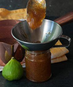 Μαρμελάδα σύκο με χυμούς εσπεριδοειδών Mousse, Caramel, Sweet Sauce, C'est Bon, Something Sweet, Wok, Fun Desserts, Preserves, Sweet Recipes