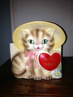 Vintage Valentine Heart Cat Kitten planter