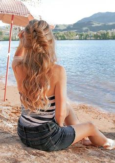45 Hottest Summer Braids to Create in 2018. Are you looking for best every braids to wear on summer season 2018? You know that there are so many styles of braids that you may choose to create the beautiful braids looks but the styles that we're going to show you here are really amazing in 2018. These are brilliant trends which are really easy to get for every woman nowadays.