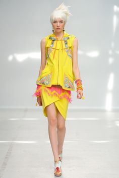 Manish Arora   Spring 2014 Ready-to-Wear Collection   Style.com