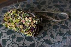 Gorgeous floral handbag by Zita Elze Flowers