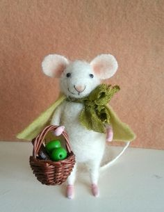 Needle felted mouse felt mouse fiber mouse by BearytalesbyMireille