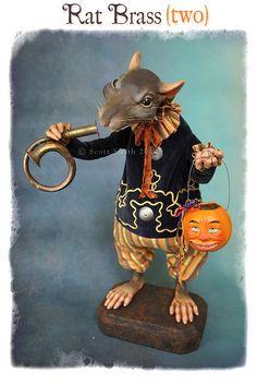 Rat Brass (two)~rucus studio Halloween Iii, Holidays Halloween, Vintage Halloween, Halloween Crafts, Happy Halloween, Halloween Decorations, Halloween 2018, Halloween Stuff, Halloween Ideas