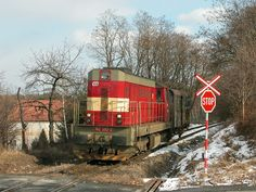 Diesel Locomotive, Train Tracks, World History, Techno, 1920s, Travelling, Videos, Vehicles, Pictures