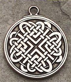 Celtic LOVE KNOT Pendant Necklace Bonds of LOVE Amulet - LOVERS Celtic Jewelry Pendant