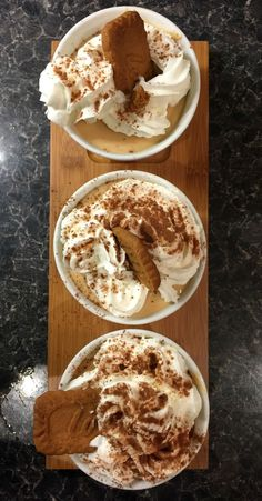 Check out this amazing easy peasy Cheesecake recipe which feeds up to 10 people. Make this recipe in around 20 minutes.