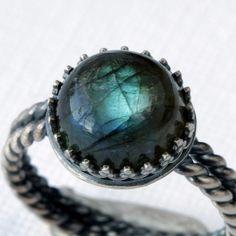 .Labradorite Sterling Silver Ring.