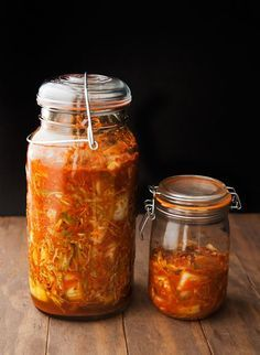 Recipe: kimchi Summer is taking her sweet time getting to the Colorado high country, and I'm fine with that. Easy Healthy Recipes, Asian Recipes, Vegetarian Recipes, Cooking Recipes, Healthy Food, Dehydrated Food, Fermented Foods, International Recipes, Dessert