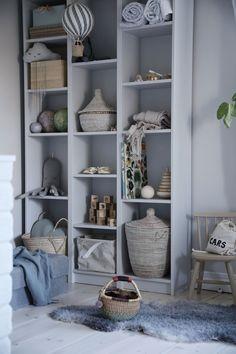 Predictive kids room interior designs Add our feed Cute Home Decor, Easy Home Decor, Cheap Home Decor, Billy Ikea, Living Room Decor, Bedroom Decor, Cheap Wall Decor, Shelves In Bedroom, Kids Bedroom Storage