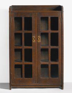 stickley, gustav two-door book ||| furniture ||| sotheby's n08999lot6vhnhen