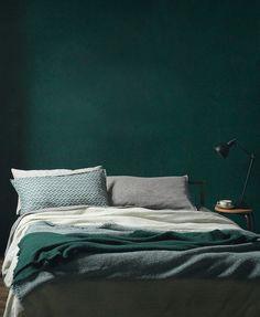 Hunter green bedrooms always take my breath away.