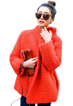 #tejeralgocool #soywoolly #fashionknitwear